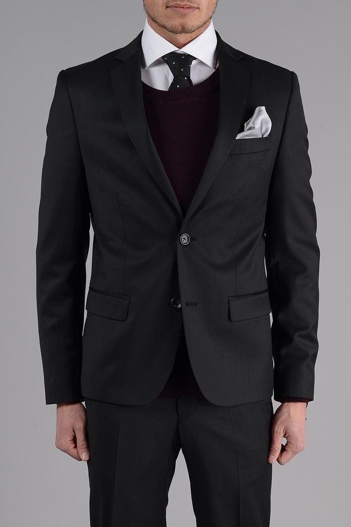 6bf757201d04 15 000st kostymer i lager i 70 olika storlekar